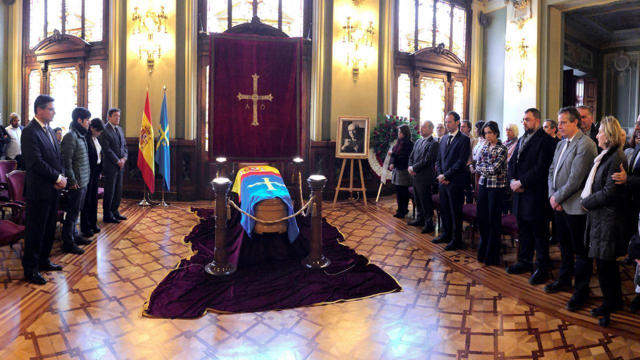 Capilla ardiente del que fuera presidente del Principado entre 1999 y 2011, Vicente Álvarez Areces