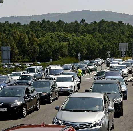 Las mejores fotos de la naturaleza.Hace solo una semana, las retenciones en el peaje de Curro soliviantaron a cientos de conductores.