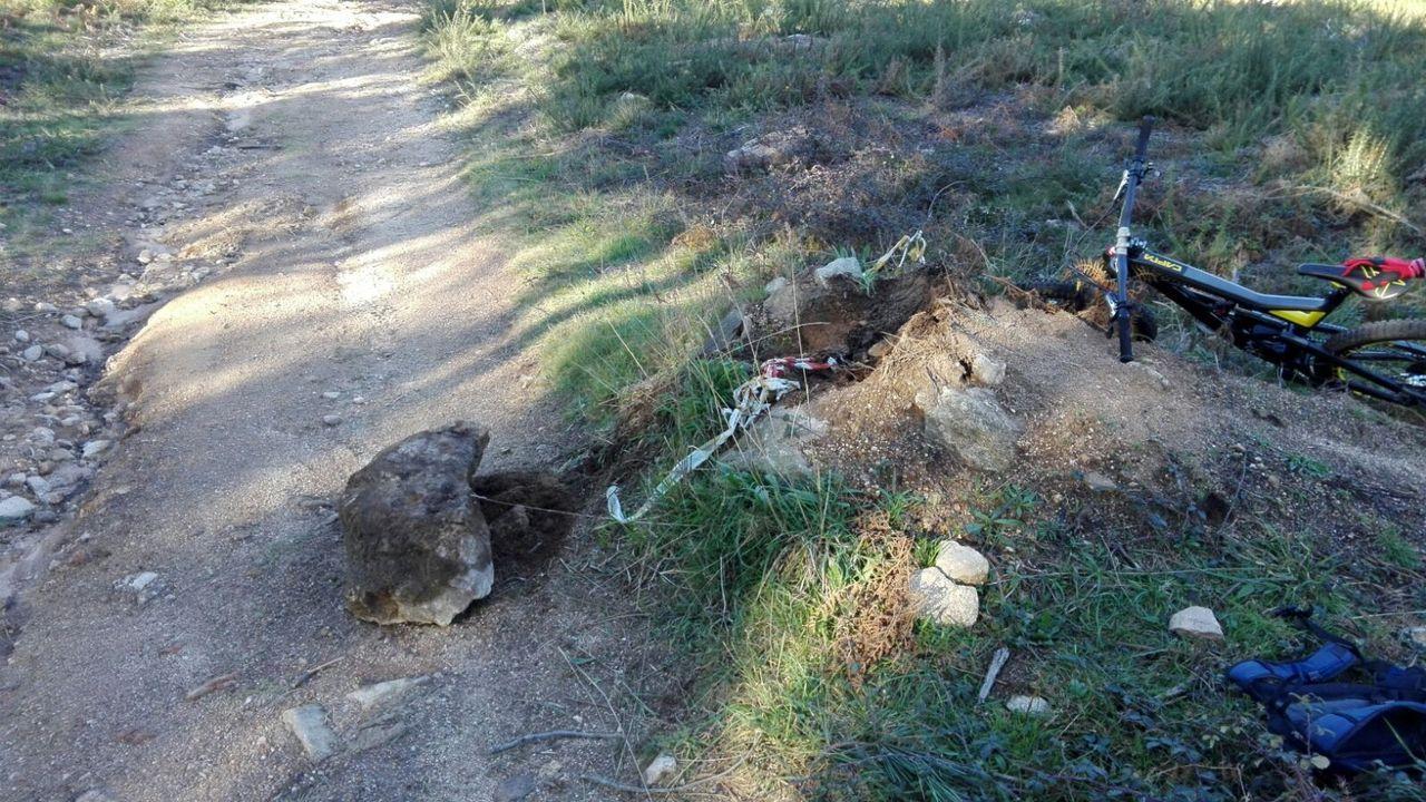 Foto de archivo de un accidente provocado por una trampa en la bajada del monte de A Cidade