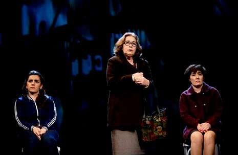 Mercedes Castro, Elina Luaces y Rocío González forman el reparto de Meu ben.