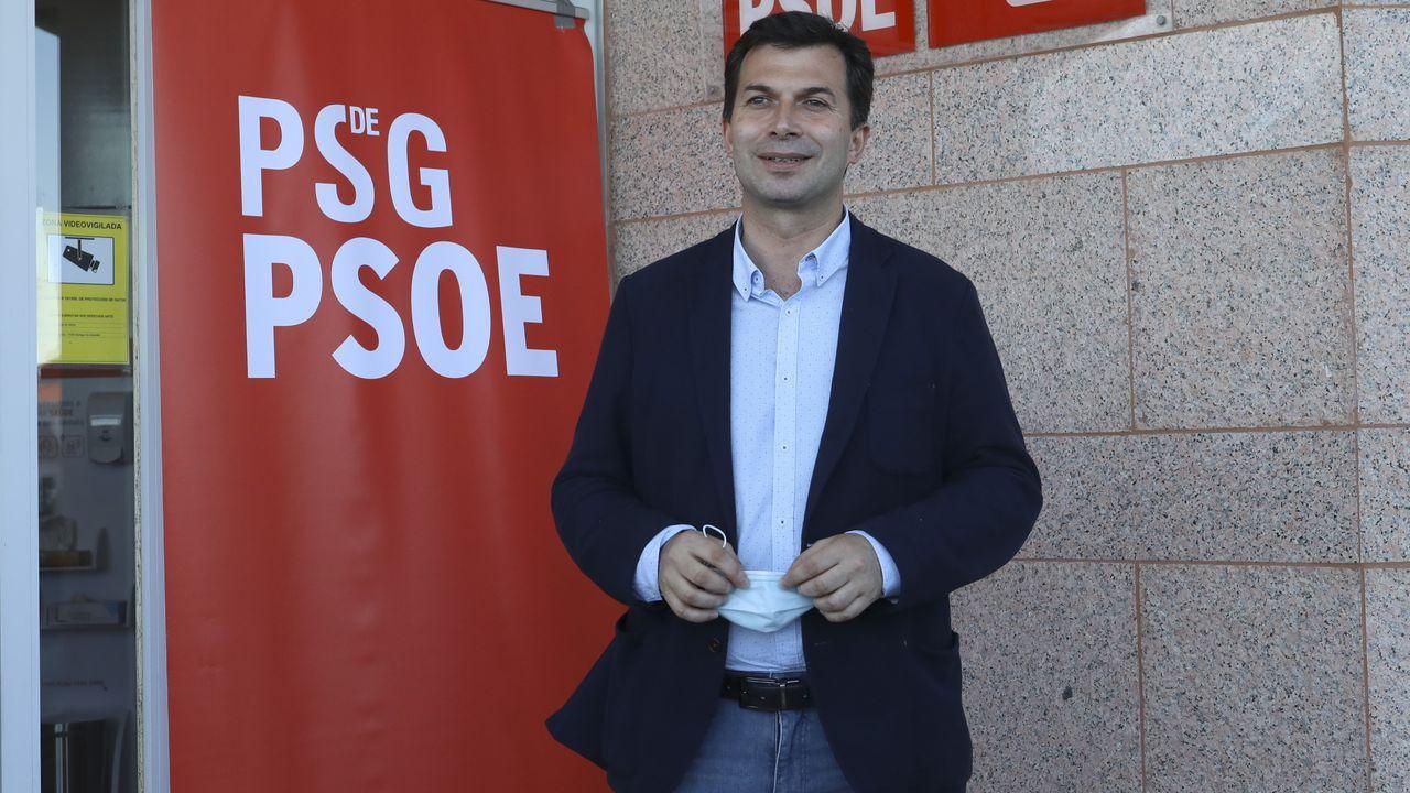 Homenaje a las víctimas del accidente de tren de Angrois.Gonzalo Caballero fue el candidato del PSdeG a la presidencia de la Xunta en autonómicas del 12-J