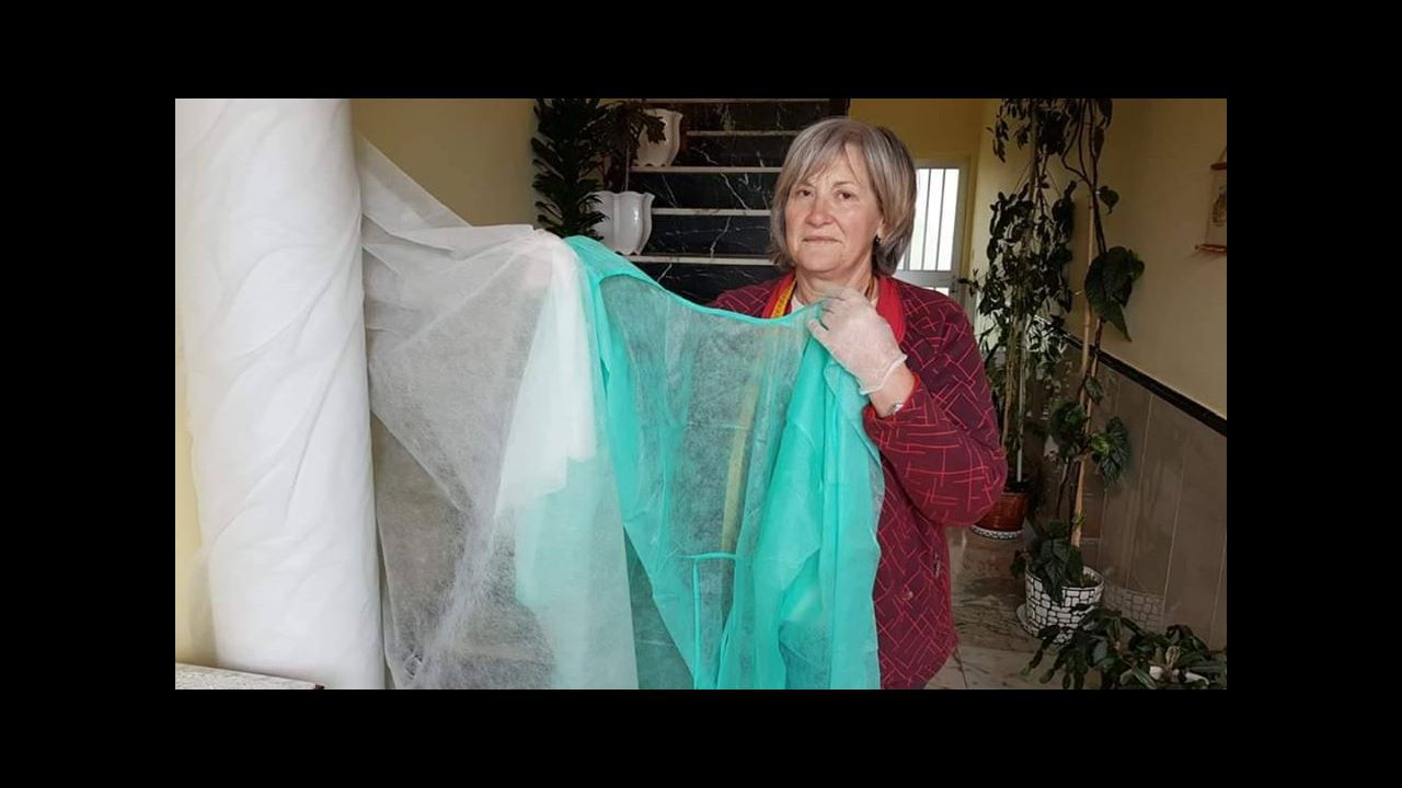 Donald Trump propone inyectar desinfectante y luz solar a pacientes con coronavirus.Antonio Nieves Ferreiro, en un fotograma del documental  Narote