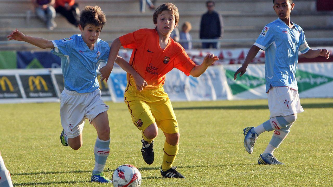 Con diez años ya jugó algunos torneos con el Barça, entre ellos, la Arousa Cup.