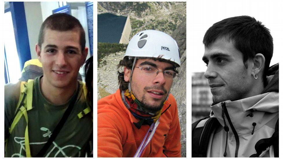 Cuatro rutas estrella en la Ribeira Sacra.Membros da directiva da comunidade de montes e sinalización existente en Zobra.