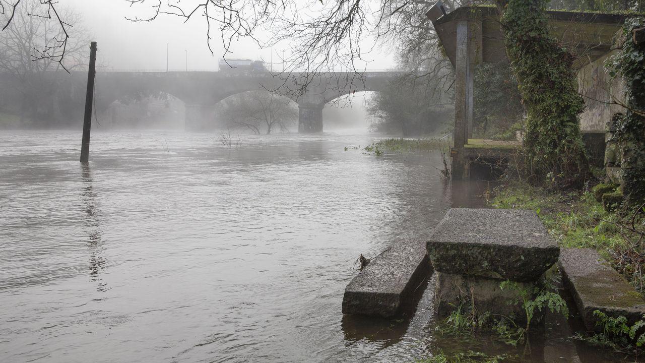En Portomouro también ha crecido el cauce del río Tambre