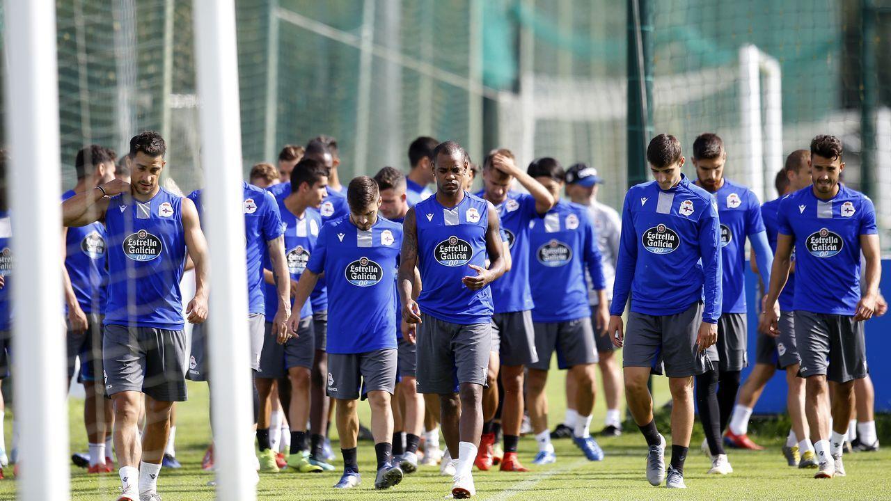 Javi Rozada Real Oviedo Vetusta Requexon.Esteban Suárez posa para La Voz de Asturias