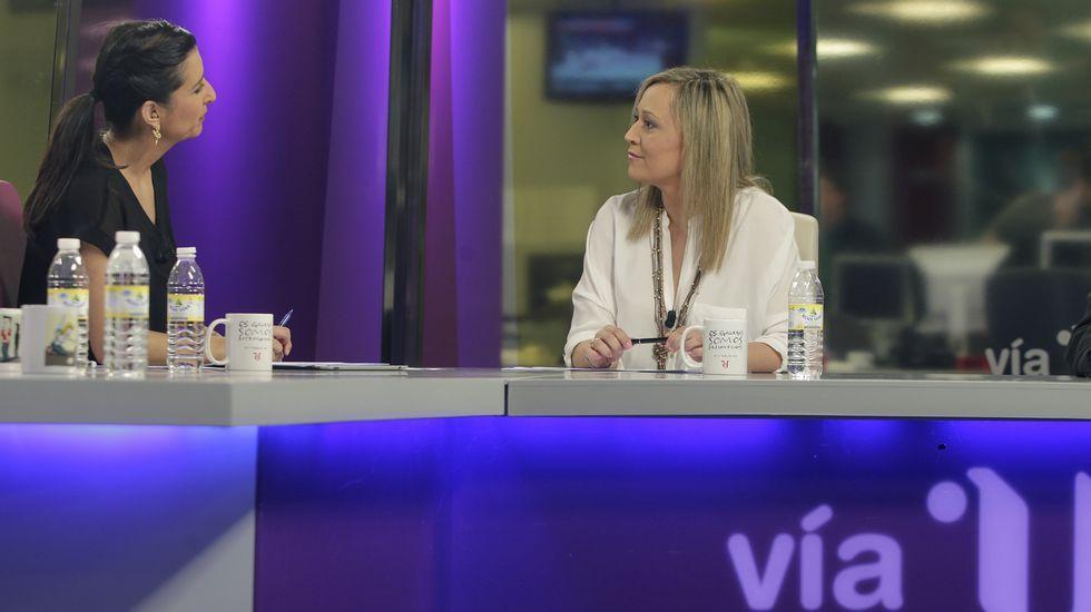 Entrevista a Elena Muñoz en «Vía V».Silva reapareció ayer junto a Caballero a los tres días de conocerse las imputaciones por el caso de su cuñada
