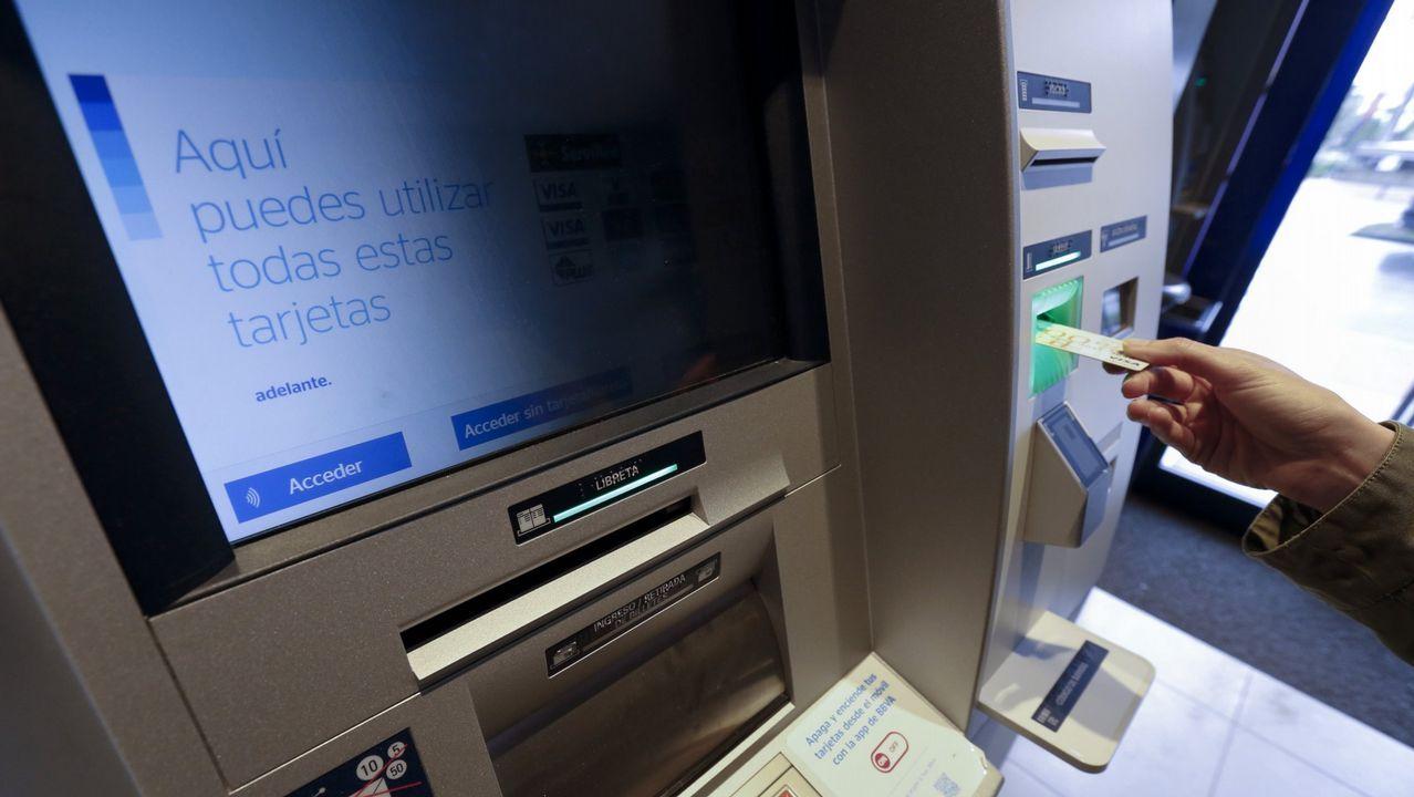 Todos los bancos de tu empresa en un mismo sitio.Parte de los equipos de procesamiento de datos en la sede central del BBVA, en Madrid