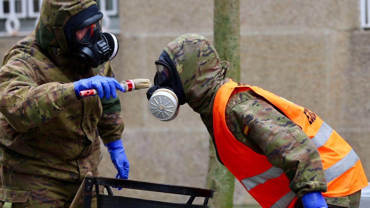 La retirada de la máscara de protección se realiza con instrumentación