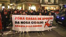 Desde hace tiempo en varias ciudades gallegas varias plataformas se han manifestados contra las casas de apuestas