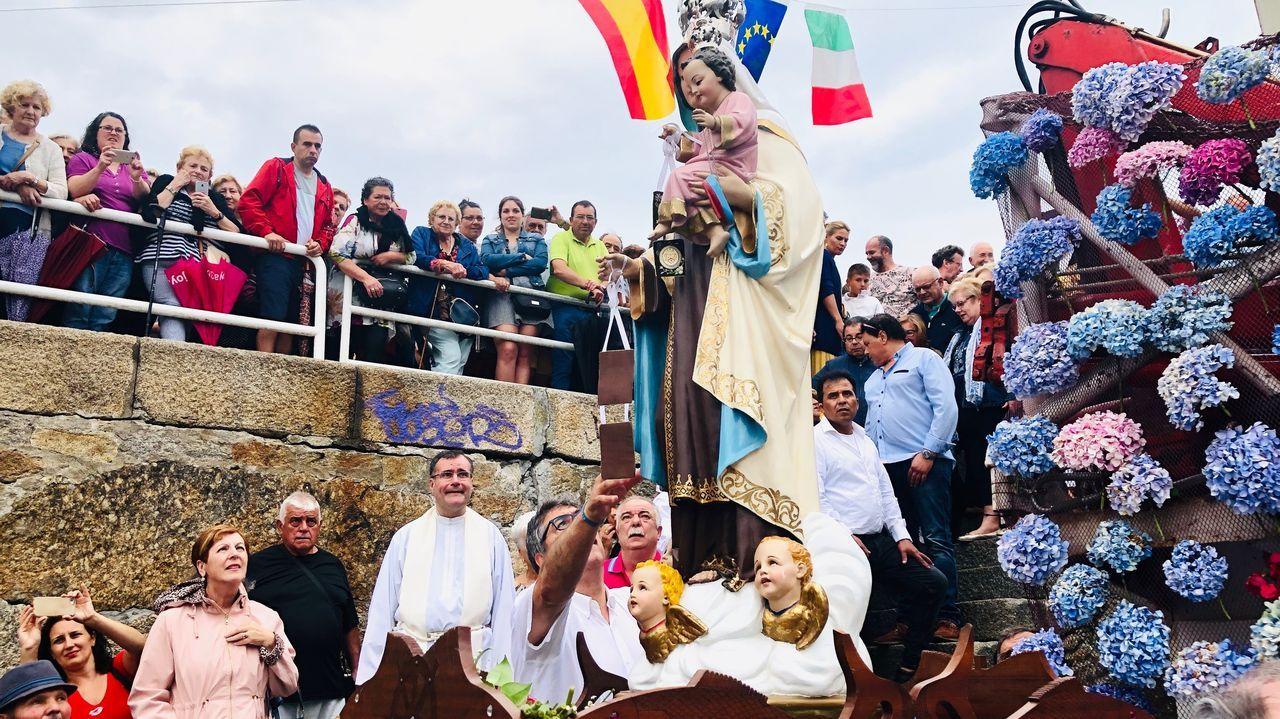 Las Buenas Olas se cogen en Galicia y se exportan a la Polinesia, Australia y Hawái.Javier Lambán, presidente en funciones de Aragón y candidato a ser investido de nuevo