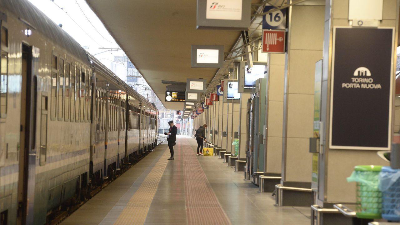 Estación vacía en Turín, Italia