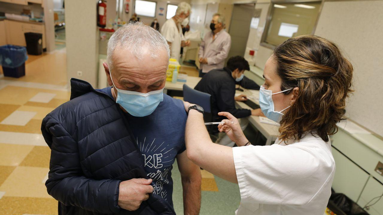 En el Hospital Público da Mariña siguen con las vacunaciones masivas
