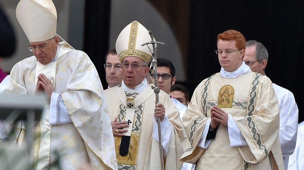 El Papa, durante la misa de inauguración del Jubileo Extraordinario del a Misericordia, el 8 de diciembre del 2015