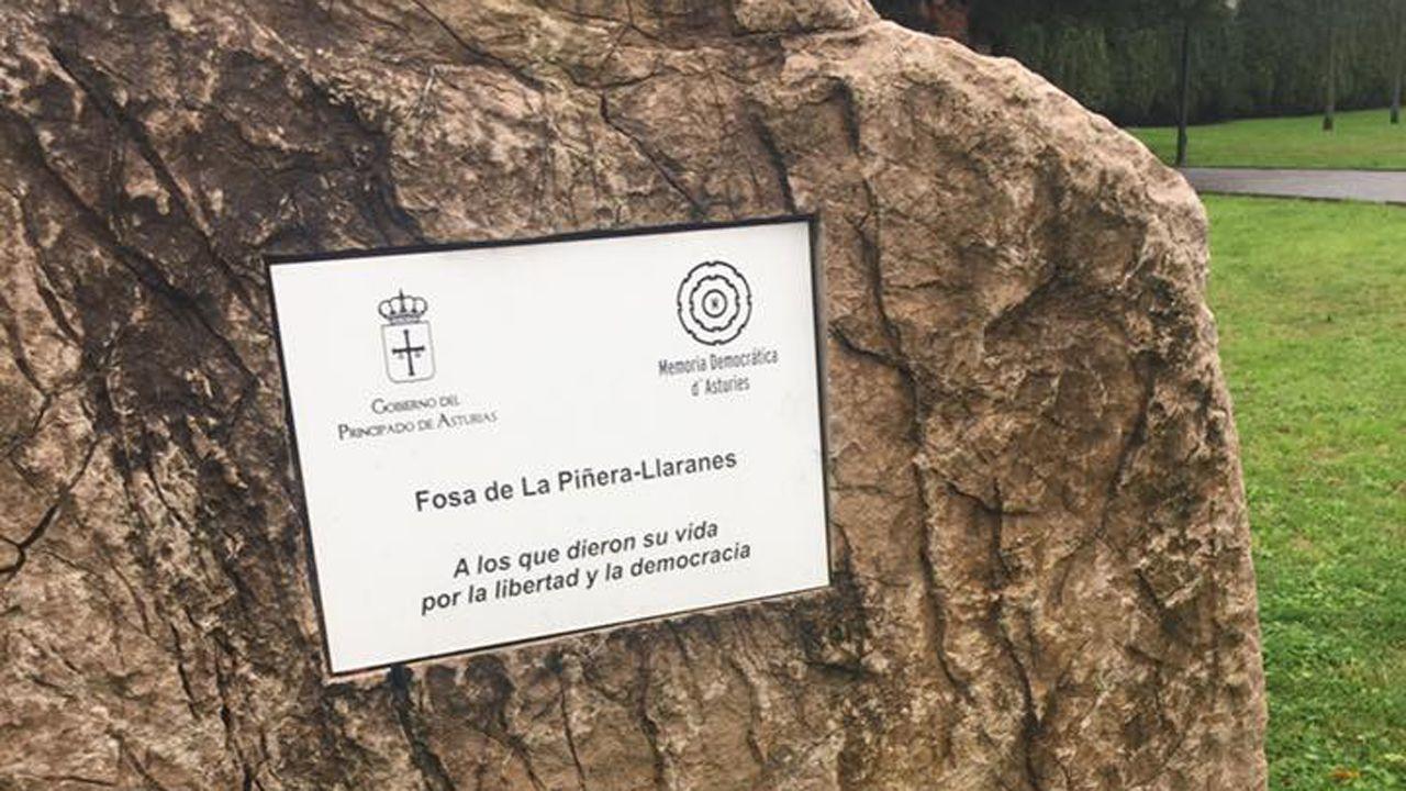 Estudiantes de Oviedo se manifiestan contra el machismo en las aulas.Fosa de La Piñera