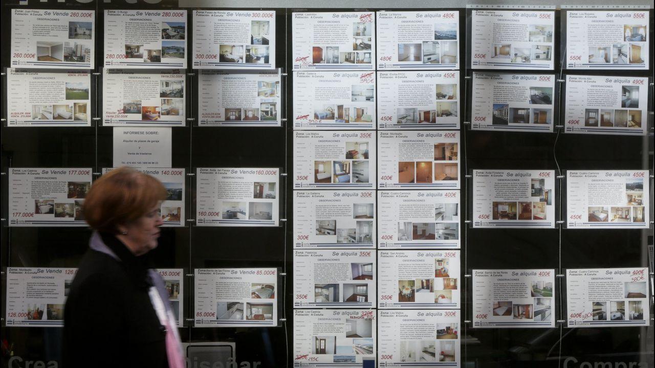 El precio medio del alquiler sube un 50% en España.Una oficina de recaudación de la Agencia Tributaria