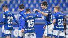 Blanco Leschuk celebra su gol ante la UD Almería con Nahuel Leiva