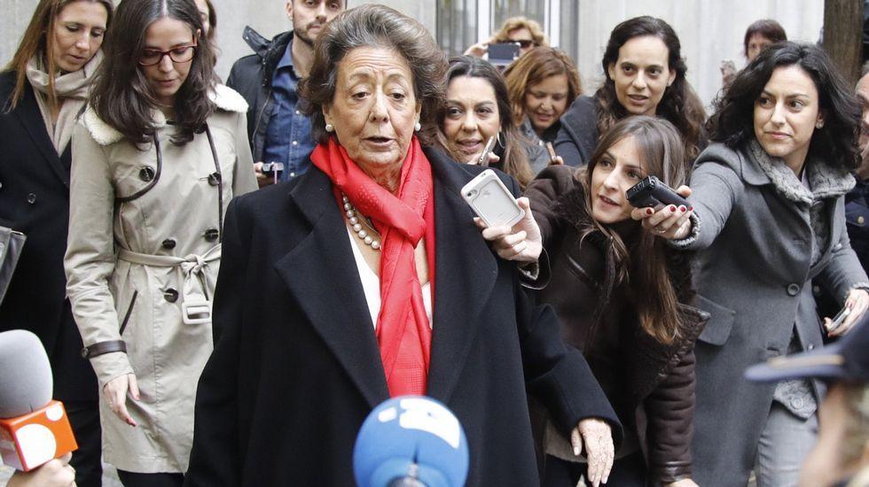 La caídade Rita Barberá, una política singular y referente del PP.El Senado colombiano vota a favor del acuerdo de paz con las Farc