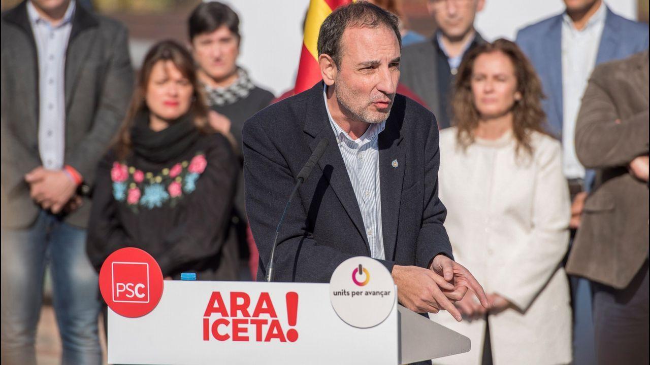 Miquel Iceta, durante una visita ayer a un mercado de Barcelona