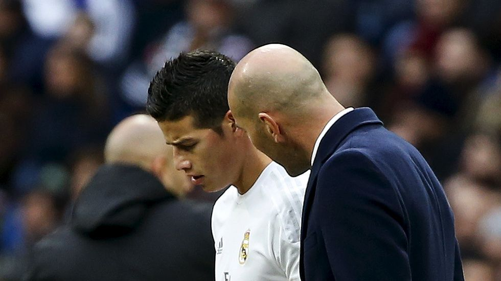 Zidane mima a James