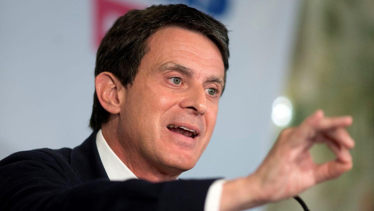 Manuel Valls, ayer, durante la primera rueda de prensa que ha realizado tras las elecciones del 26M