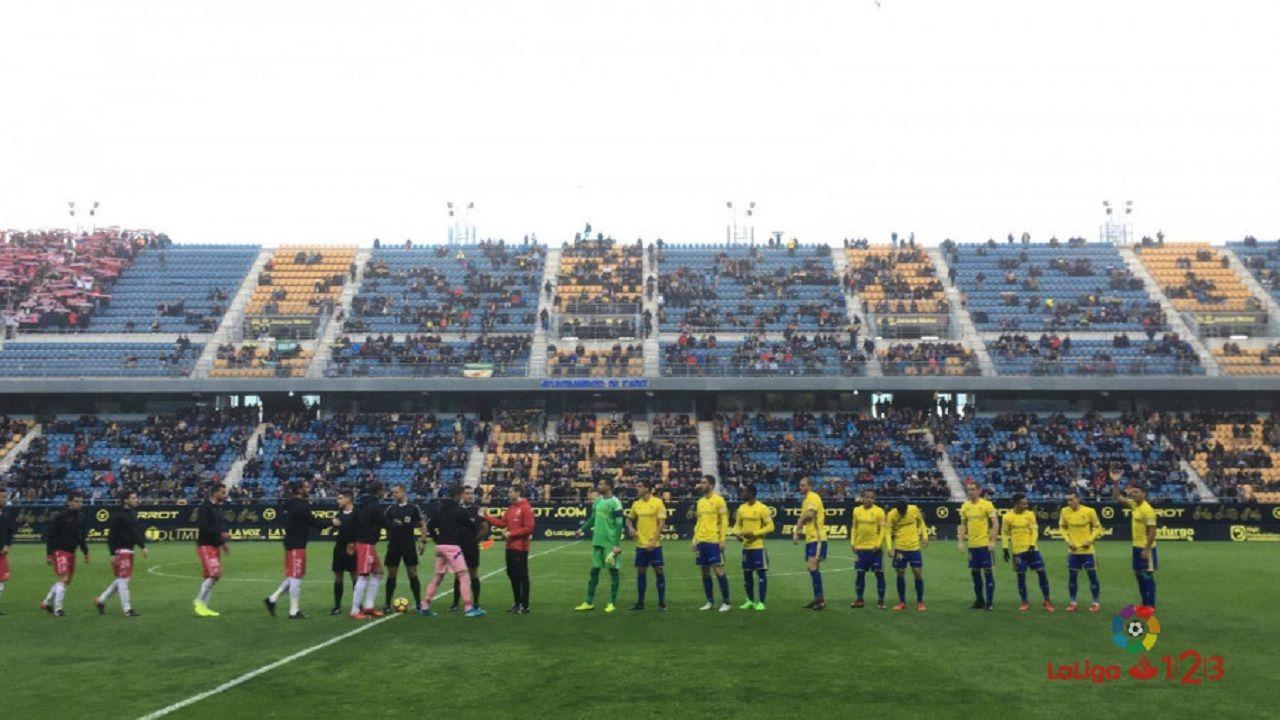 Estadio Ramón de Carranza antes del Cádiz-Granada