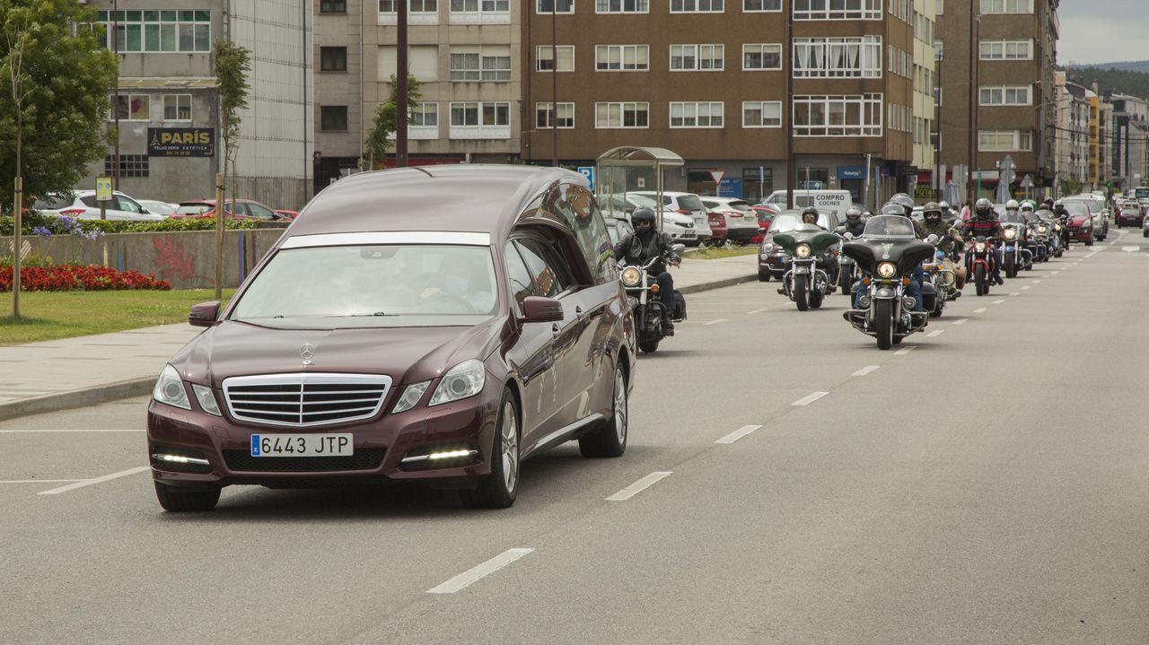 Así fue la procesión motorizada del San Cristovo en Carballo.Imagen de archivo de una ITV