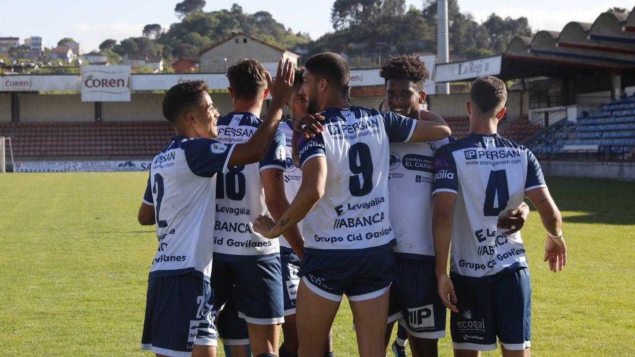El Ourense CF, celebrando un gol esta temporada