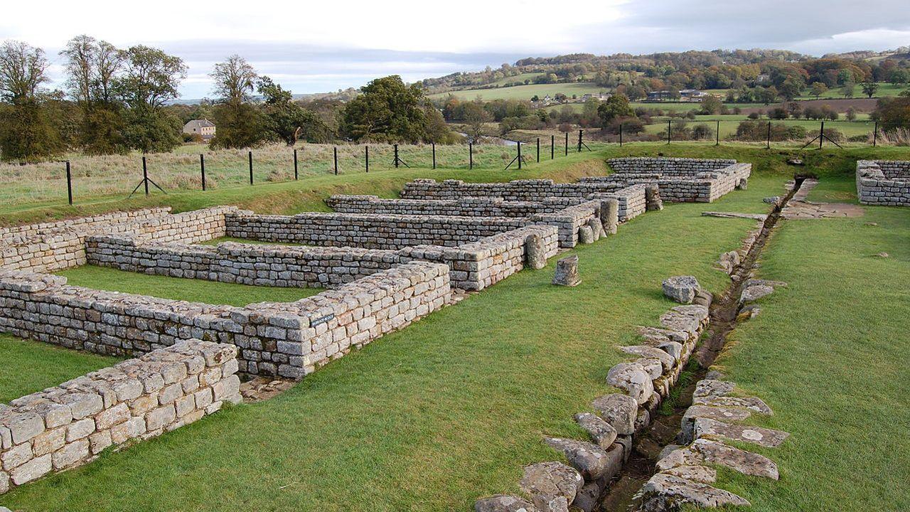 Restos de las barracas que ocuparon los cilurgini junto al muro de Adriano