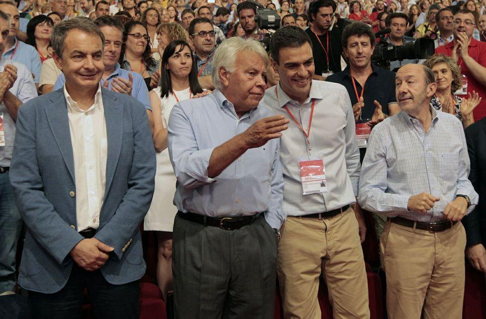 Zapatero, en el congreso extraordinario de julio tras la elección de Pedro Sánchez.