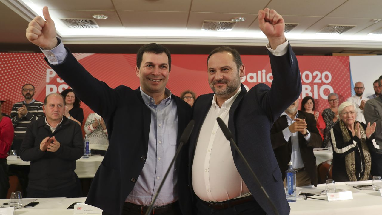 | EFE.Ábalos arropó al líder de los socialistas gallegos y aspirante a presidir la Xunta, Gonzalo Caballero