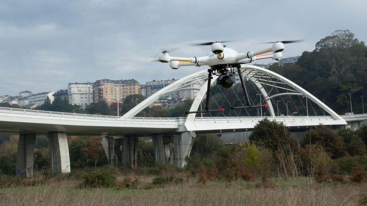 El puente blanco de Lugo pasa su primer examen