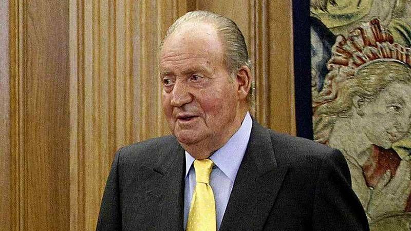 La eterna despedida de Juan Carlos I.Rubalcaba, con varios cargos socialistas en la visita que realizó ayer a la localidad jienense de La Carolina.
