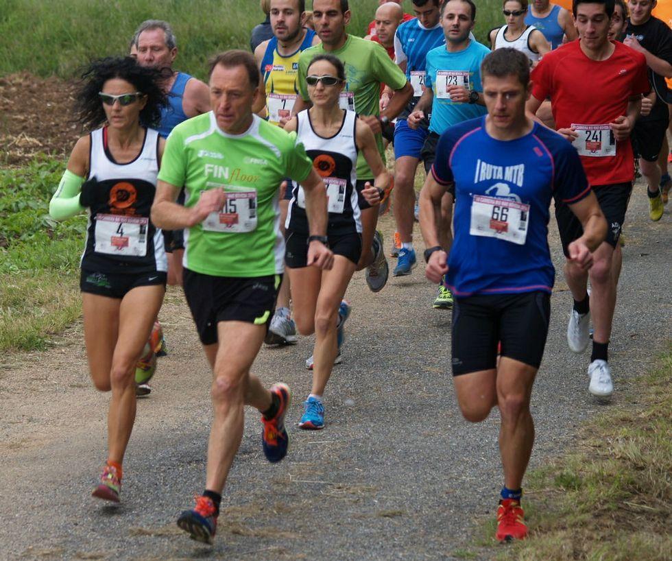 Un recorrido en imágenes por la feria tradicional Outrora.Muchos atletas participan en las carreras de la zona.