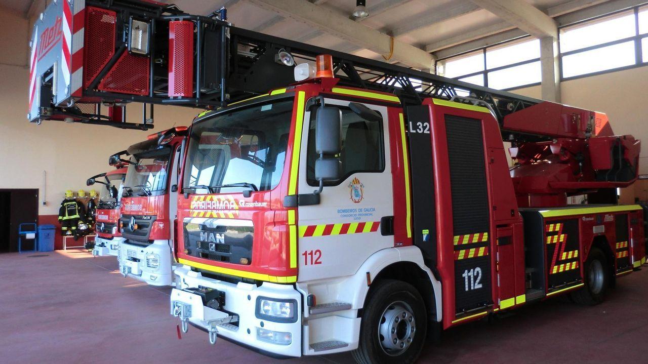 Los bomberos de Barreiros se ocuparon de la extinción del fuego