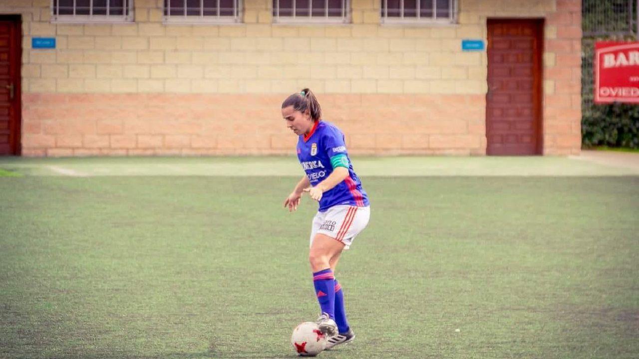 Mery controla un balón en un momento de la temporada pasada