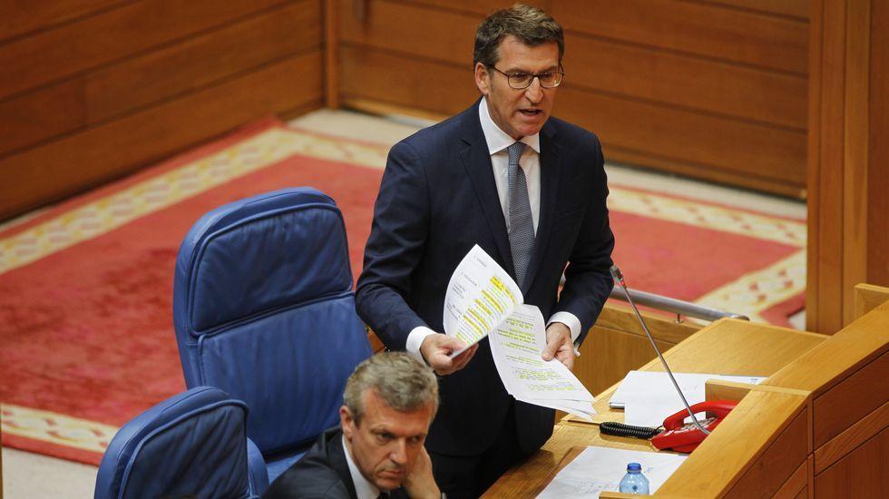 Feijoo compara la situación del PSOE con «Juego de Tronos».Abel Caballero con Pedro Sánchez en el mitin celebrado la semana pasada en Vigo