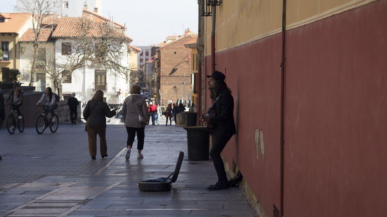leon.Buena parte de las calles del casco antiguo de León han sido peatonalizadas. En su interior está el Húmedo, el popular barrio de las tapas de la capital leonesa