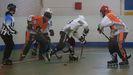 Imagen de archivo de un partido de hockey en el polideportivo