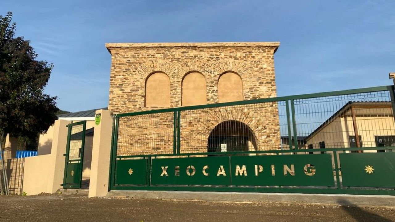 Edificio que albergará el museo de la minería romana de Ribas de Sil, terminado este año