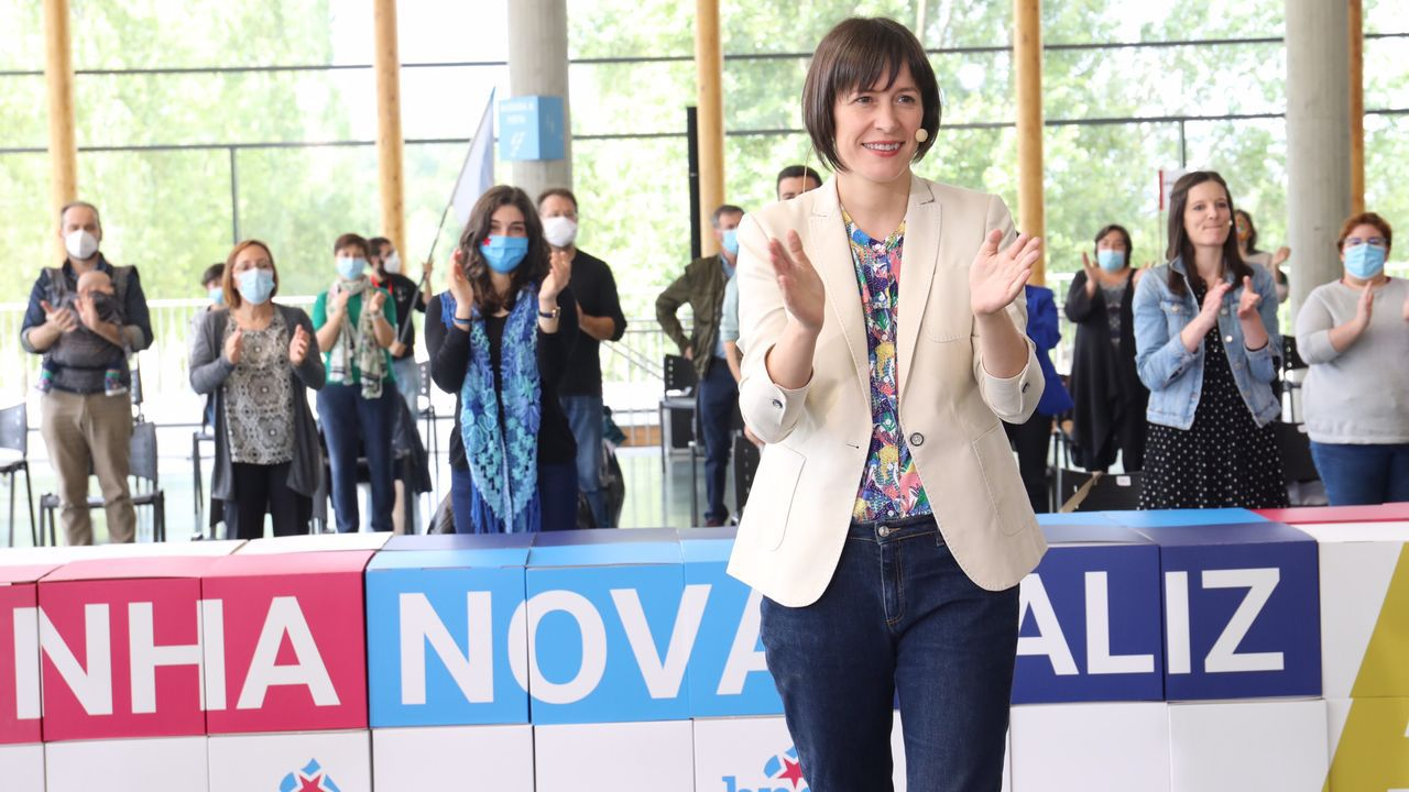Comparecencia de Antón Gómez Reino.La nacionalista Ana Pontón, al depositar su voto para la elección de los miembros de la Mesa.