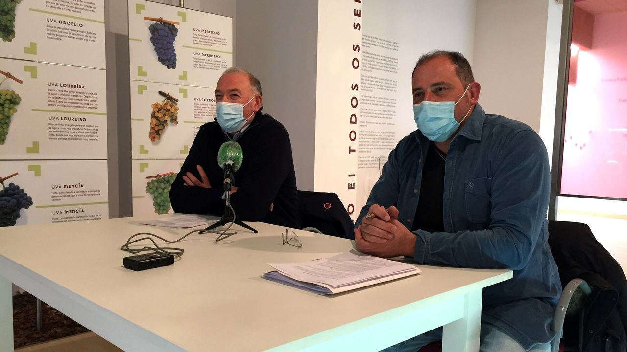 Melón sigue esperando por la rehabilitación del monasterio.La campaña promocional fue presentada por José Manuel Rodríguez (izquierda) y Víctor Manuel Rodríguez