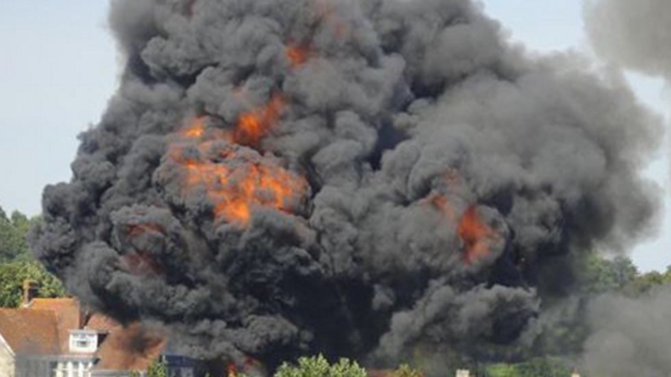 Espectacular accidente deun avión de combate en el Reino Unido.Restos del avión estrellado en Sudán del Sur