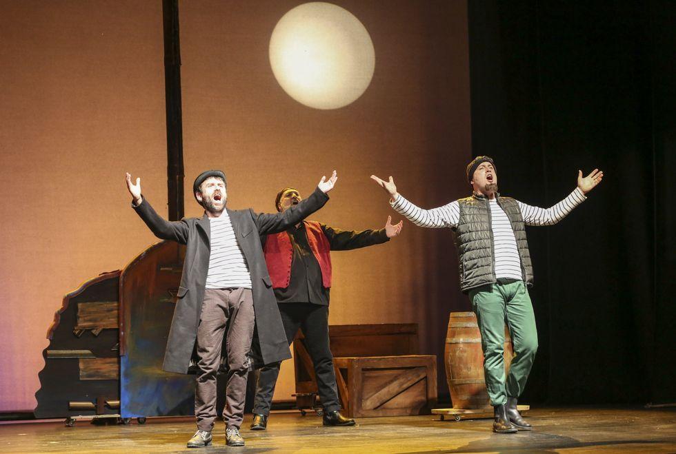 Marcos lleva al frente del grupo teatral Noite Bohemia desde su creación, en el año 2008.