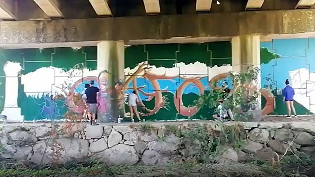 Video dos traballos de recuperación dun muro degradado para integralo no espazo natural do río gafos mediante un obradoiro de graffiti