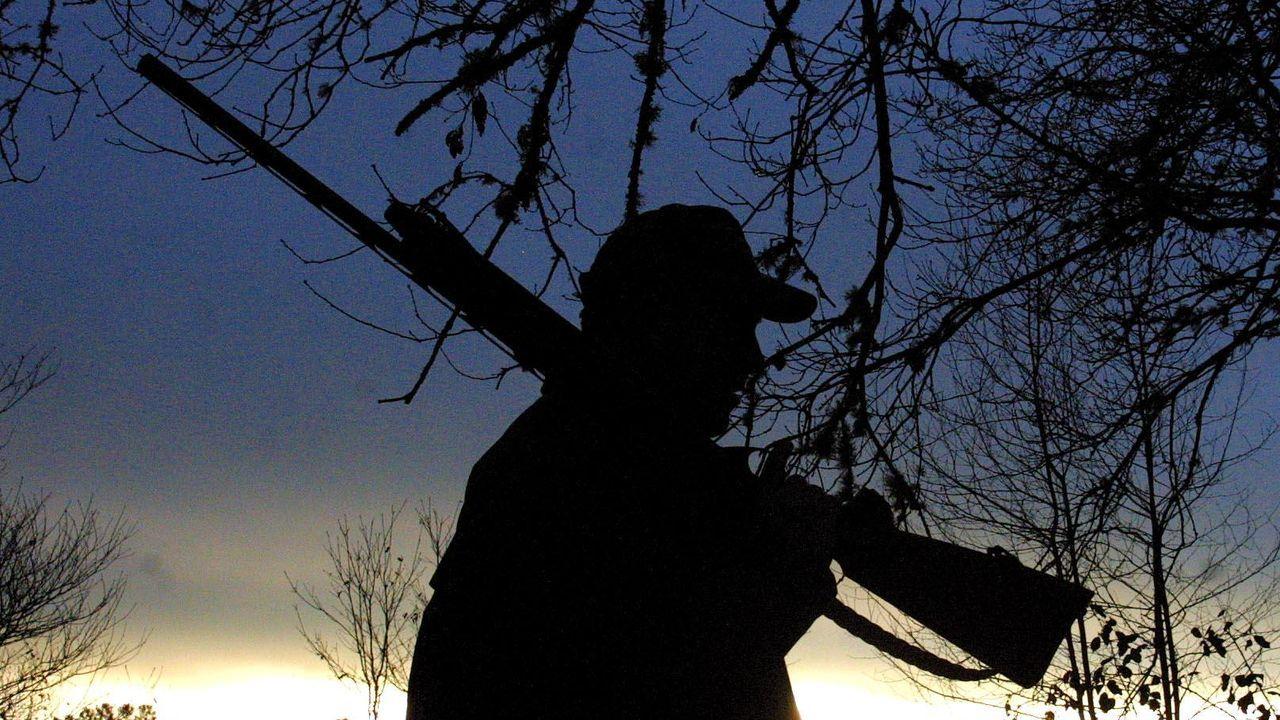 Un cazador en una imagen de archivo