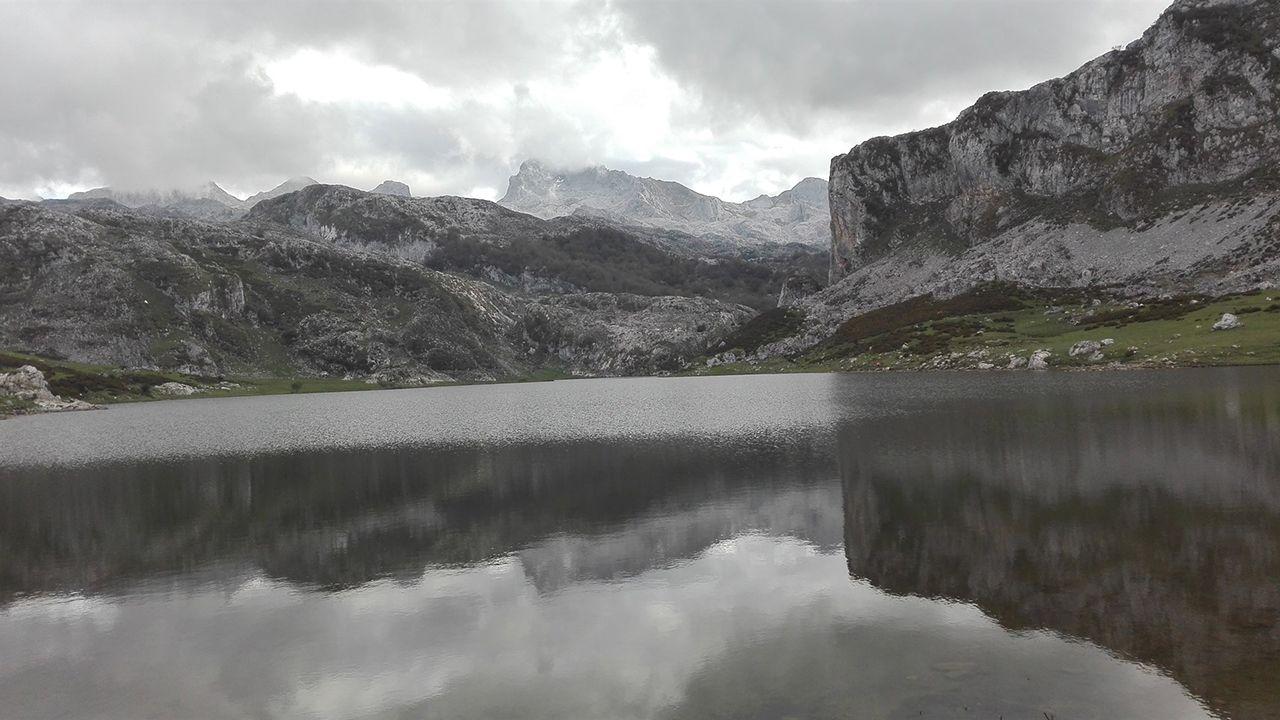 El Gran Fondo Ézaro de más nivel ¡compruébalo en imágenes!.Lagos de Covadonga
