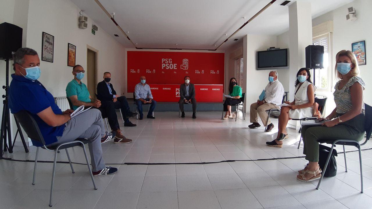 Reunión del PSOE ourensano con un representante de Renfe