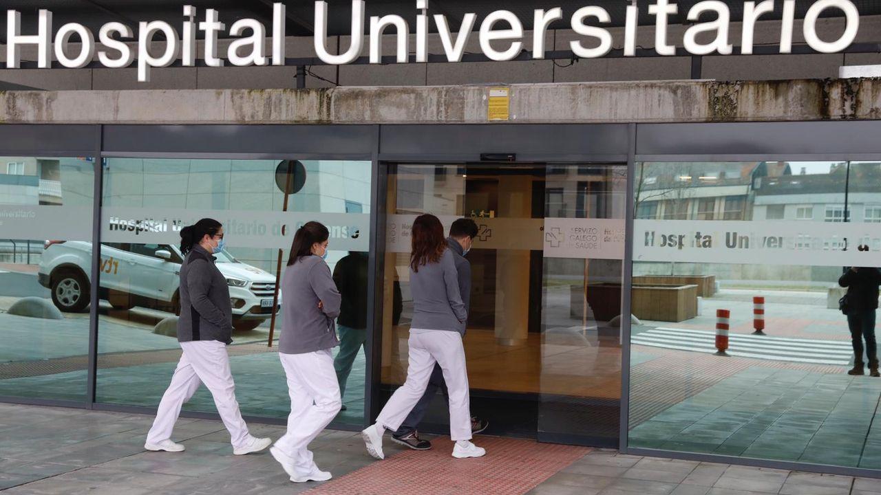 Sanitarios de Ourense alertan sobre la saturación hospitalaria y apelan al autoconfinamiento.Policía Nacional
