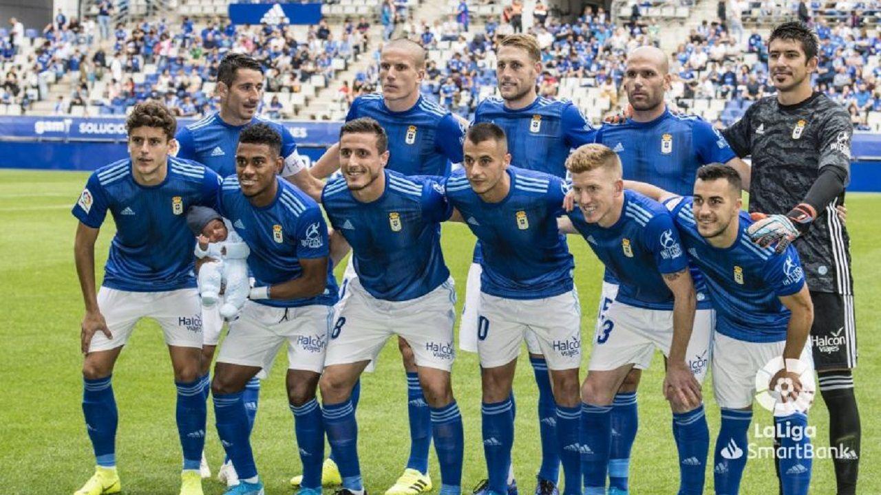 Sangalli Requexon.Alineación del Real Oviedo ante el Numancia